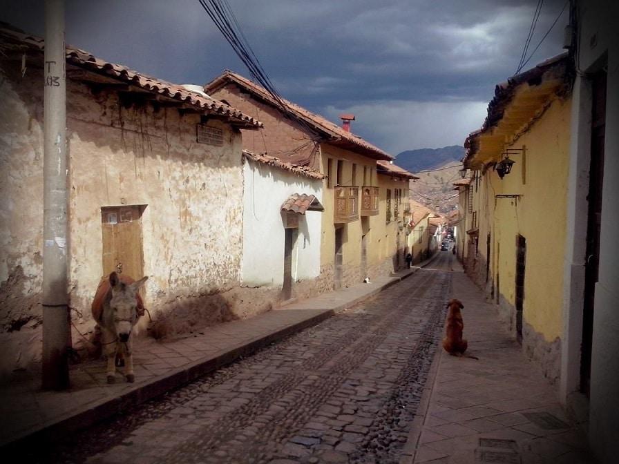 In den Straßen von Cusco, kurz vor dem Regen