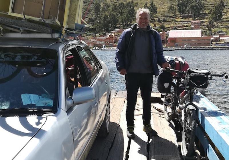 Christoph mit seinem Fahrrad in Peru